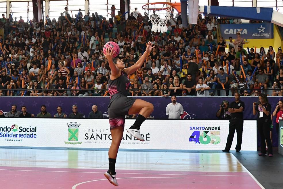 Pivô argentina Agustina Leiva disputou a LBF 2018 pelo Presidente Venceslau — Foto: João Pires/LBF