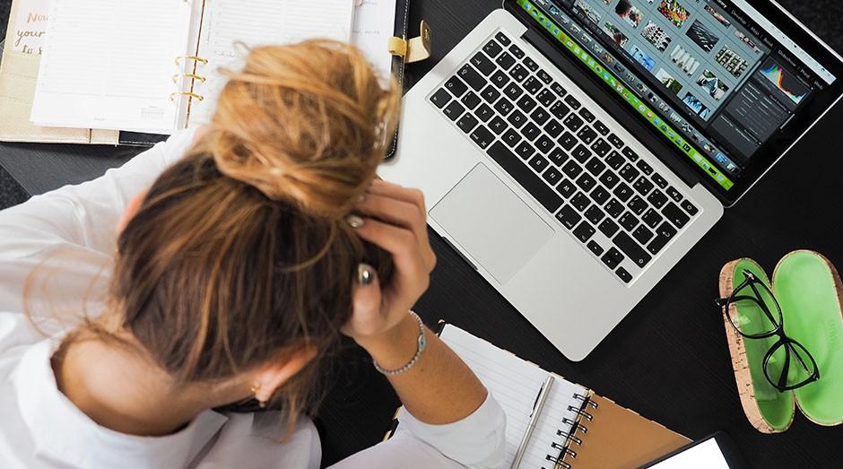 stress; trabalho; produtividade; organização; escritório; (Foto: Pexels)
