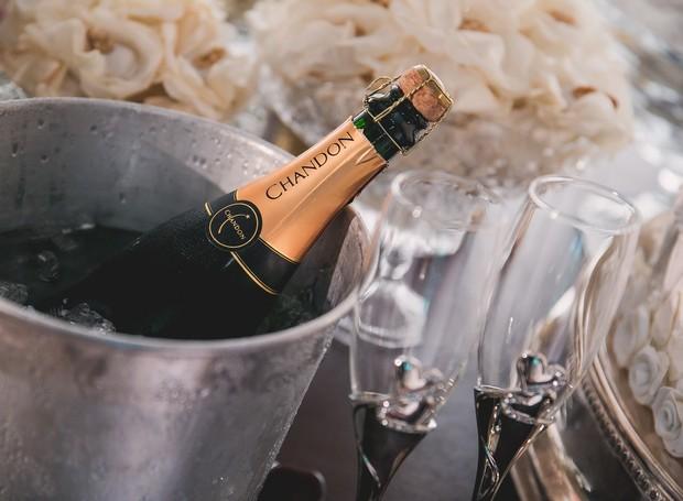 Especialista dá dica de como servir champanhe nesse ano novo (Foto: Pixabay)