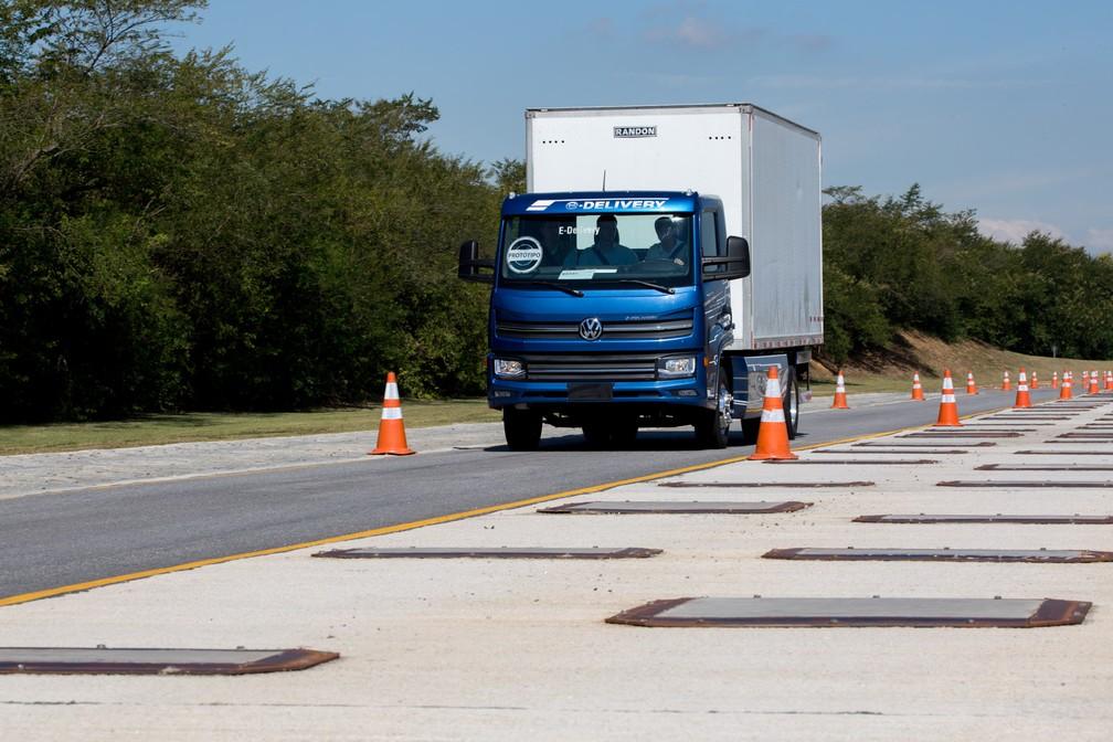 Volkswagen e-Delivery tem autonomia de até 200 km (Foto: Marcelo Brandt/G1)