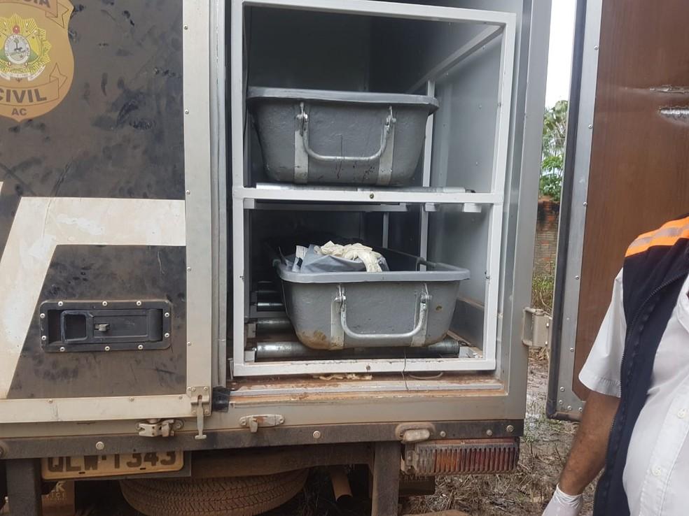 Corpo de homem foi levado para o IML para ser identificado  — Foto: Divulgação/Corpo de Bombeiros do Acre