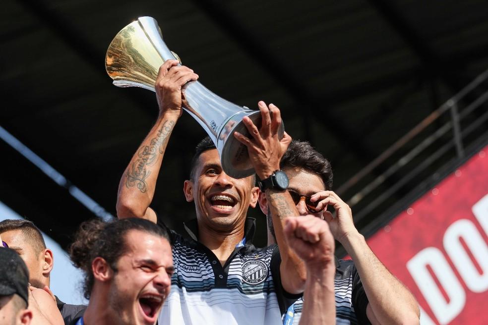 Operário-PR: campeão da Série D em 2017 e da Série C em 2018 — Foto: Josué Teixeira/Gazeta do Povo