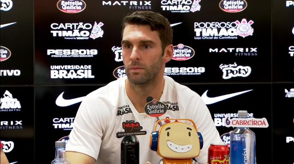 Boselli é apresentado pelo Corinthians — Foto: reprodução/video