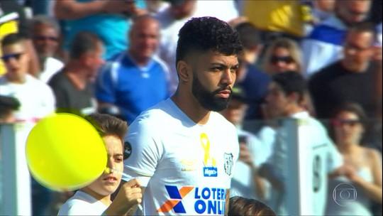 Gabigol aproveita o bom momento no Santos