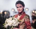 Bruna Marquezine vestida de noiva para cena de 'Deus salve o rei' | Rede Globo / João Miguel