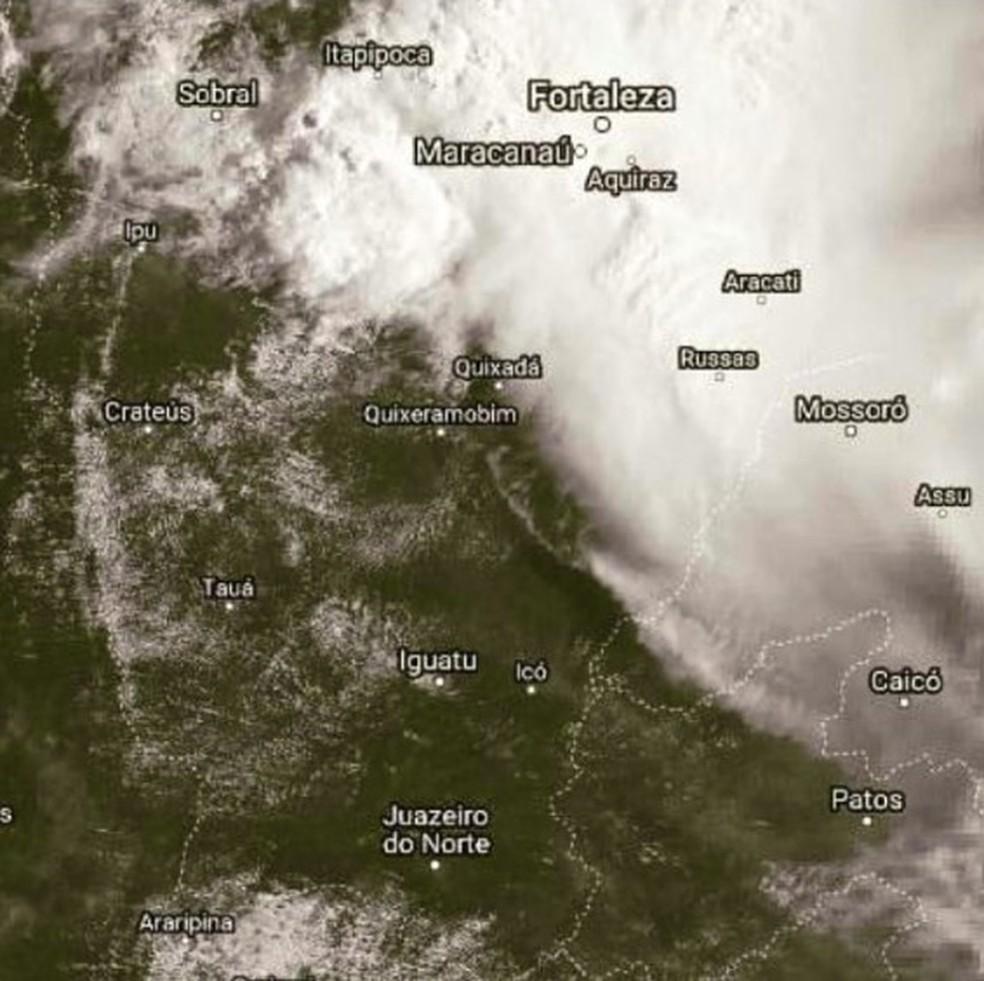 Chuva no Norte do Ceará. Imagem do satélite GOES-16, às 8h29 desta quarta (13) — Foto: GOES-16/Funceme