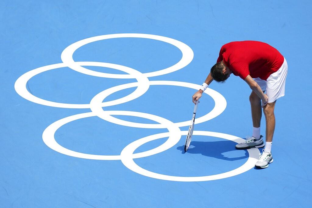 'Eu posso morrer', diz tenista russo sobre calor em Tóquio durante as Olimpíadas