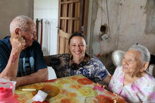 Paula Braun nas gravações do documentário 'Ioiô de Iaiá' (Foto: Divulgação)