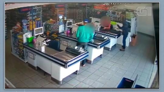 Homens assaltam supermercado em Sengés; VÍDEO