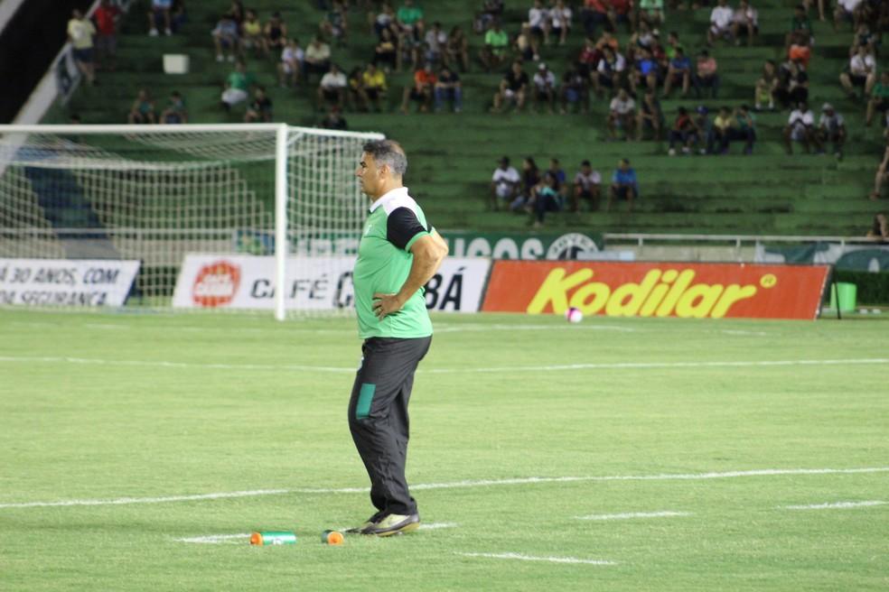 Paulo Cezar Catanoce destaca a força do Cruzeiro (Foto: Lucas Papel)