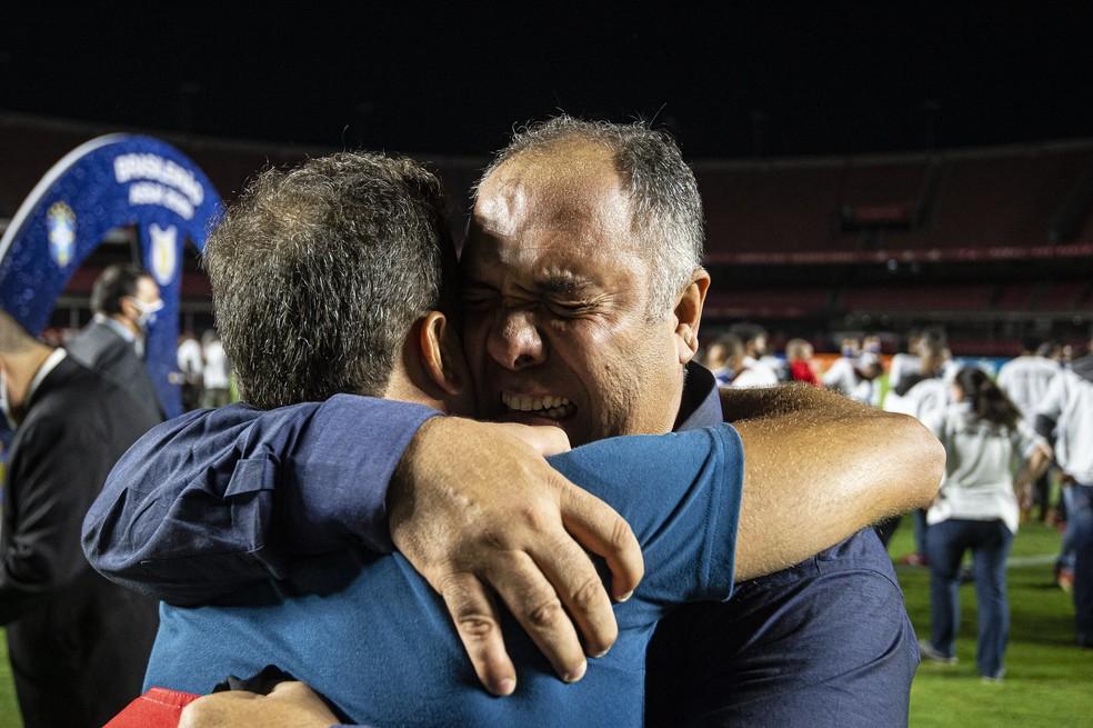 Braz se emociona na comemoração do título do Flamengo no Morumbi — Foto: Alexandre Vidal/Flamengo