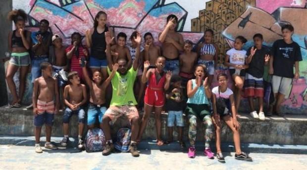 O projeto foca na comunidade do Turano, na cidade do Rio de Janeiro (Foto: Reprodução/Facebook)