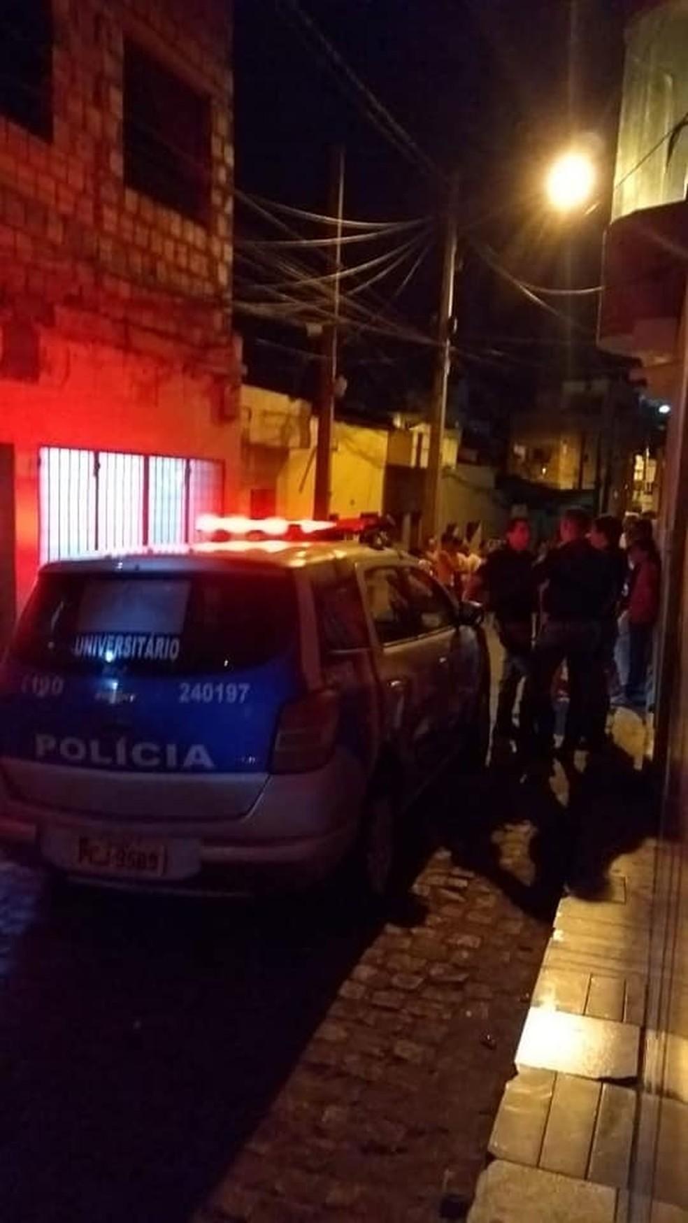 Mulher morava na Vila Teimosa em Caruaru (Foto: WhatsApp/Divulgação)