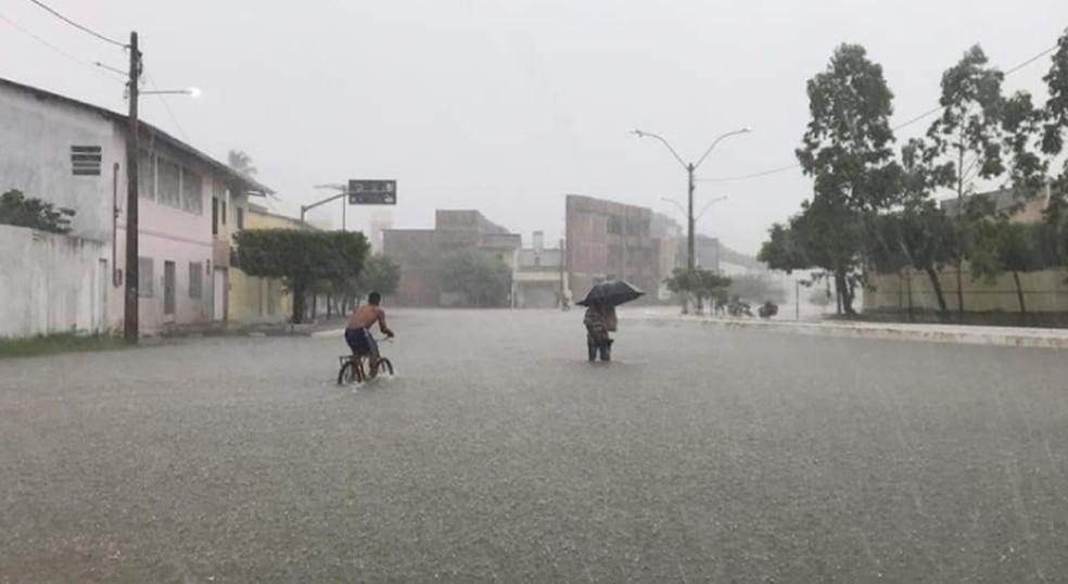 Chuva forte em Granja. A maior do Ceará em 2020 com 180 milímetros. — Foto: Paulo César Araujo/Arquivo Pessoal