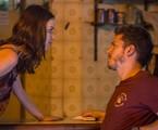 Júlia (Nathalia Dill) e Alex (Caio Paduan)   Reprodução/TV Globo