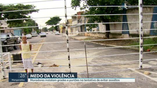 Moradores tentam se proteger das violência com grades e portões no Rio
