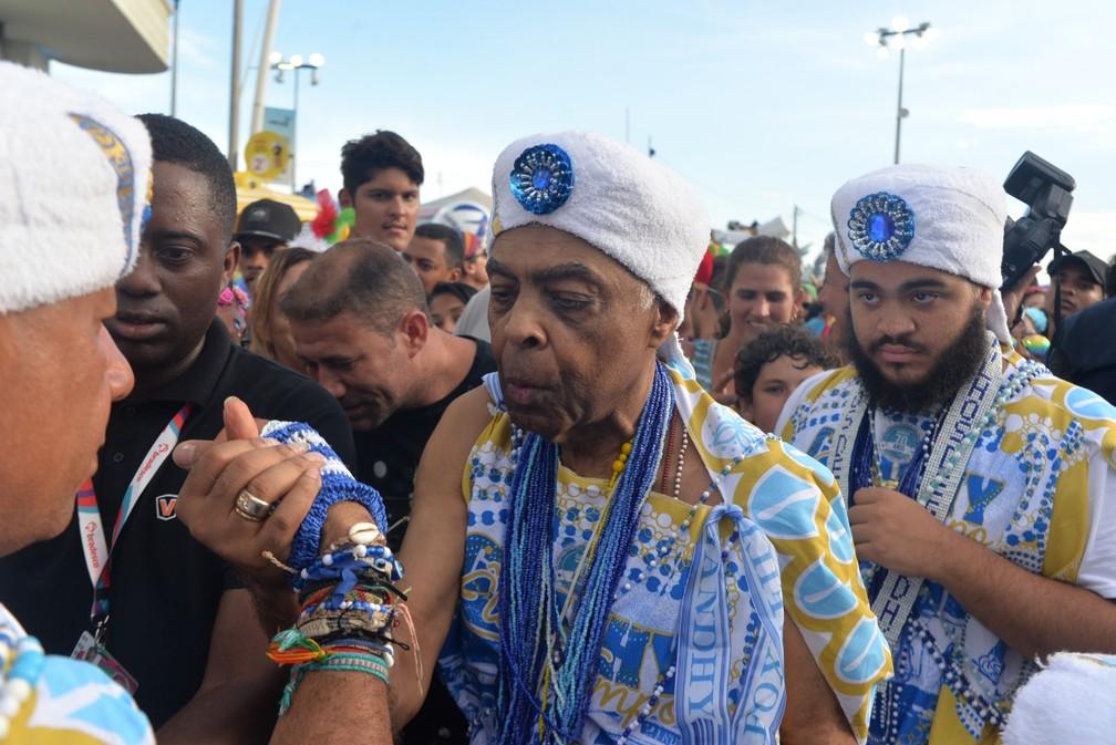 Gilberto Gil, na Barra, com os Filhos de Ghandy. — Foto: Joílson César/ Ag Haack