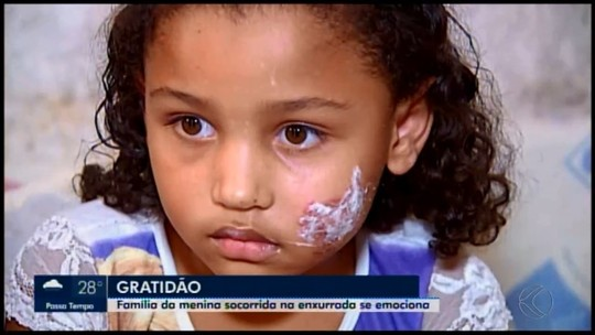 Após susto, menina que foi levada por enxurrada em São Gotardo faz exames médicos