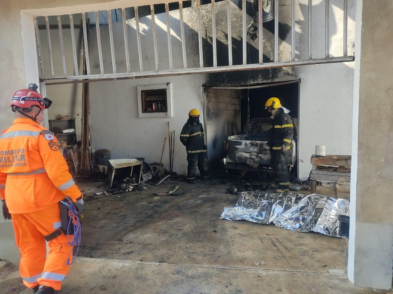 Homem morre após casa pegar fogo na Grande BH; veja vídeo