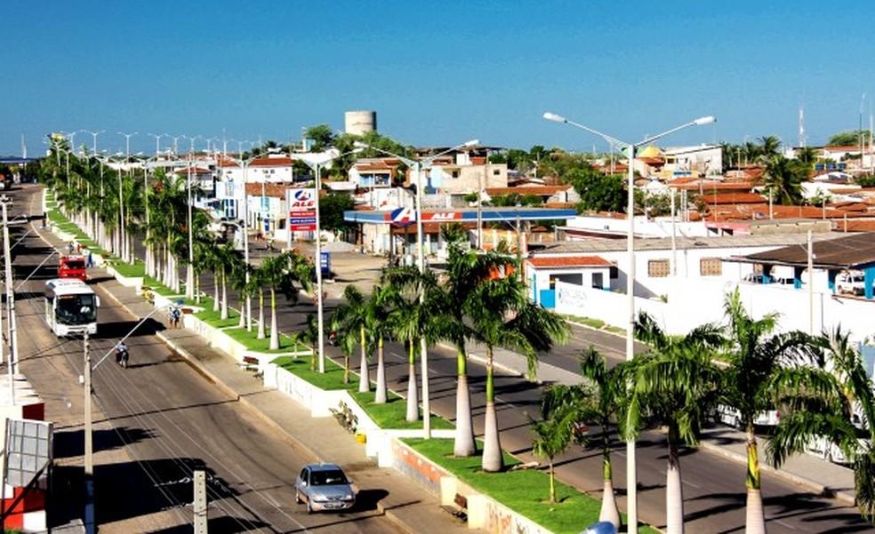 Prefeito e vice-prefeita foram cassados pelo TSE (Foto: Prefeitura de Alto do Rodrigues/Divulgação)