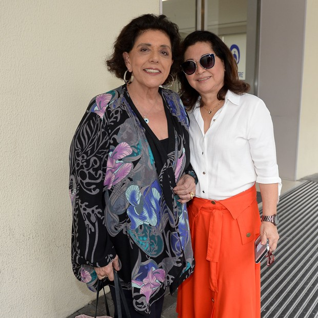 Dona Kika, mãe de Sabrina, e Leda Nagle (Foto: Francisco Cepeda/AgNews)