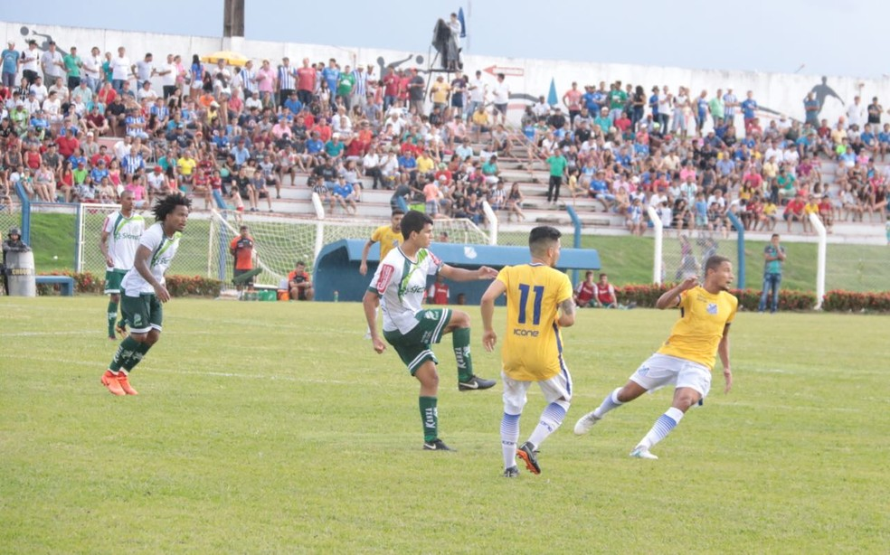 Pela primeira fase, o Sinop venceu o Luverdense por 1 a 0 no Gigante do Norte (Foto: Júlio Tábile/SinopFC)