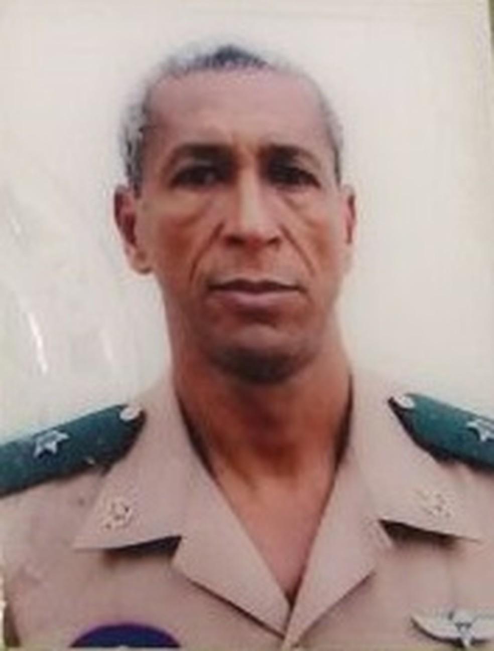 Tenente do Exército Ezenilton Mudesto Silva, que foi assassinado na BR 101, altura de São Gonçalo — Foto: Reprodução