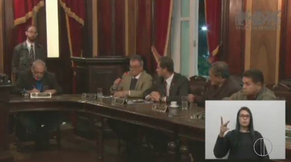 Vereadores rejeitaram a abertura da CPI durante a sessão plenária (Foto: Reprodução | Inter TV)