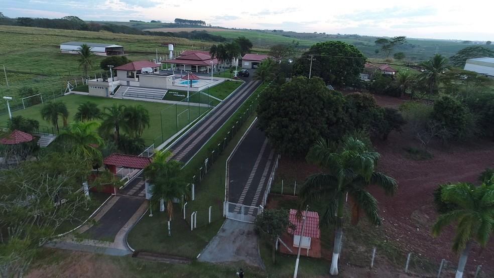 Polícia Federal divulga vídeo de fazenda de José Avelino, o Chinelo, em Clementina  — Foto: Reprodução/Polícia Federal