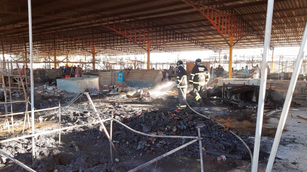 Incêndio aconteceu nesta segunda-feira (15) — Foto: Giro Ipiaú