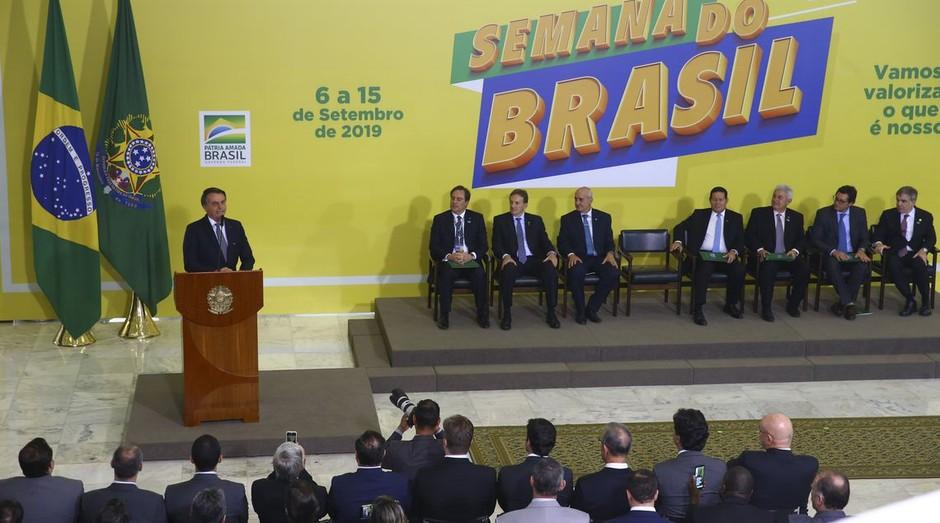 Jair Bolsonaro em evento de lançamento da Semana do Brasil (Foto: Agência Brasil)