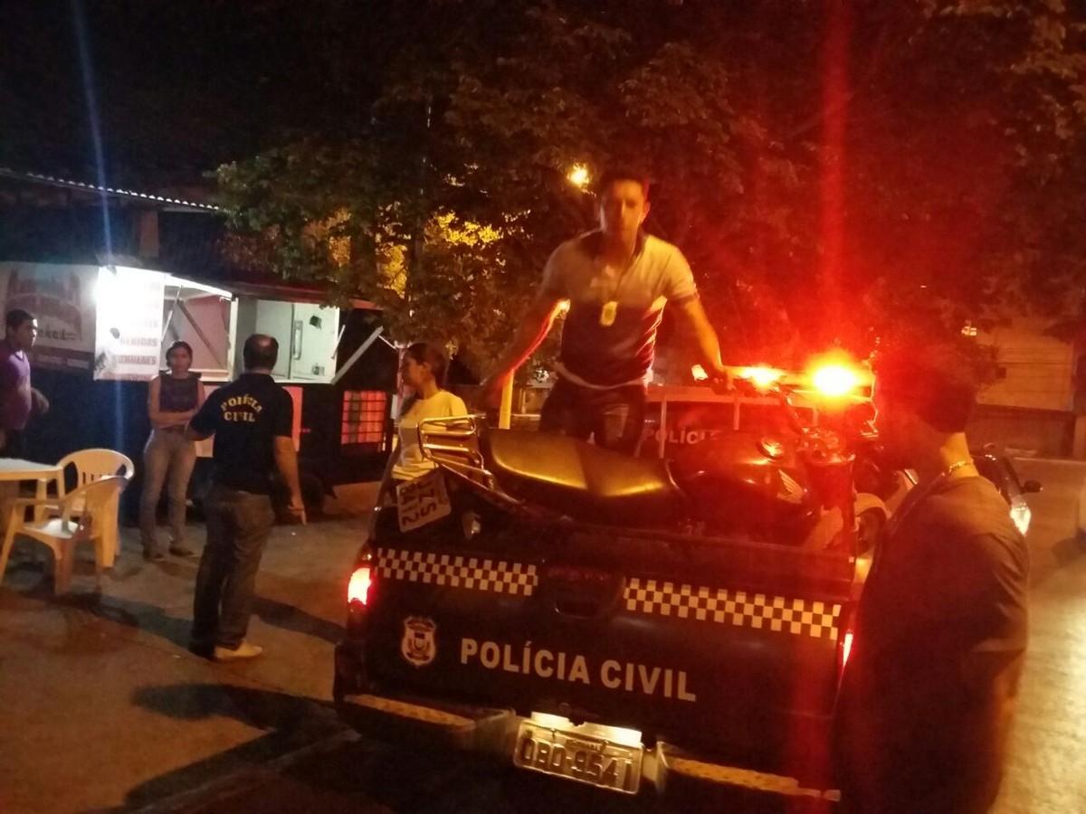 Cinco são detidos por furtarem moto de pátio de delegacia e do Detran em Cuiabá