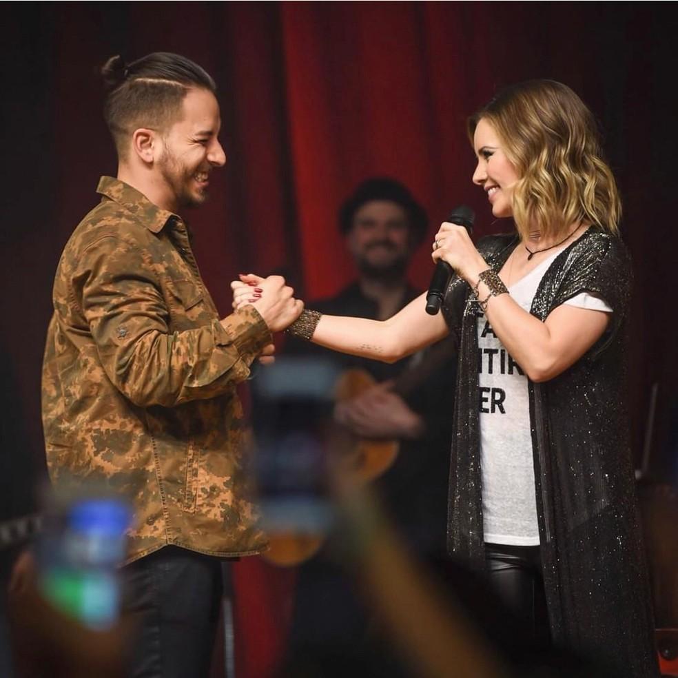 Sandy e Junior cantam juntos em São Paulo (Foto: Reprodução/Instagram)