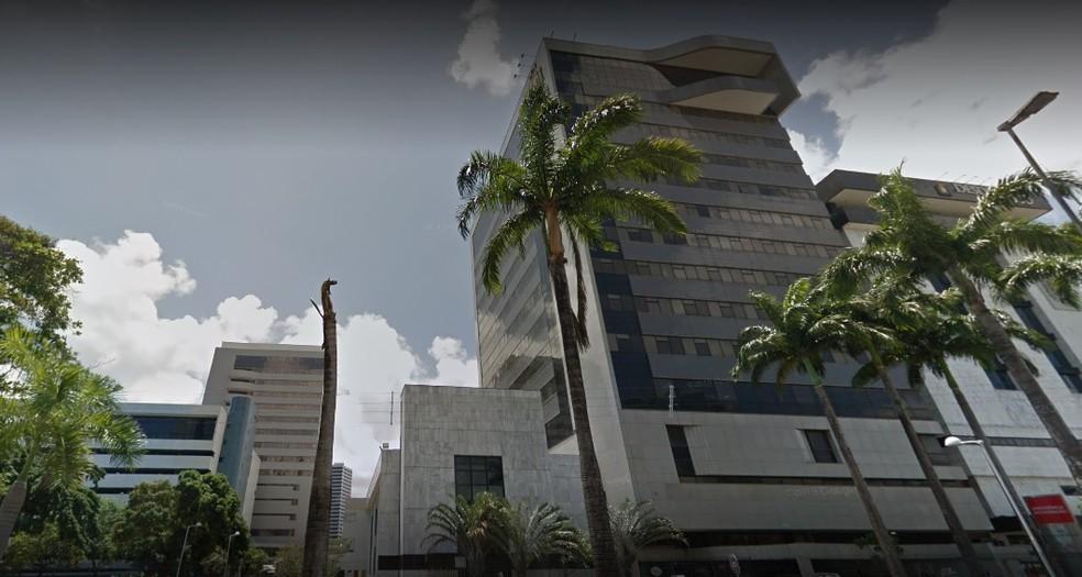 Morte do empresário ocorreu no Real Hospital Português, no Recife — Foto: Reprodução/Google Street View