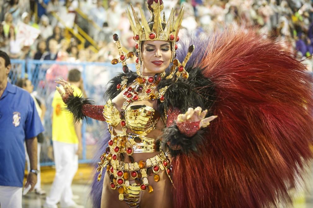 Raíssa Machado, rainha da Viradouro — Foto: Marcos Serra Lima/G1