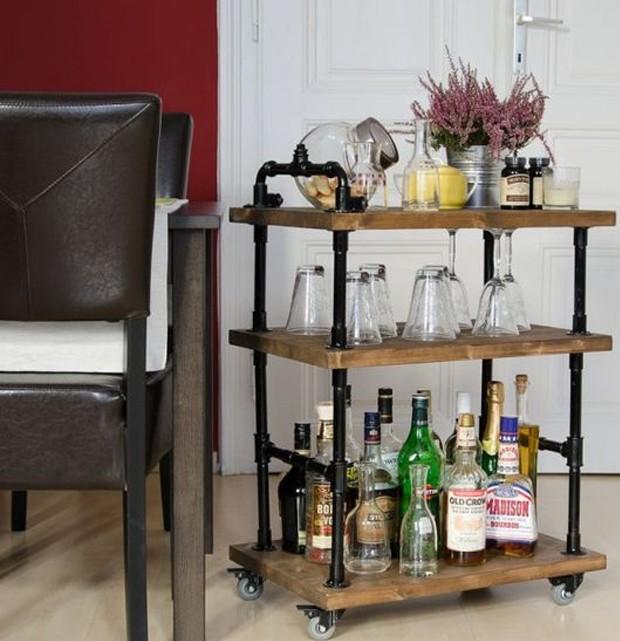 Bar móvel - carrinho de bebidas - bar em casa (Foto: Pinterest/ Reprodução)