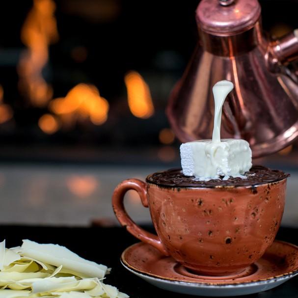 5 receitas de chocolate quente para esquentar o home office (Foto: Divulgação)