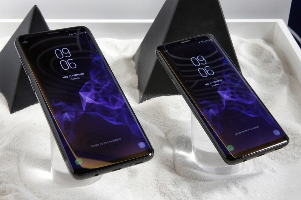 Samsung lançou novos Galaxy S9 Plus e S9 neste domingo (25) (Foto: Richard Drew/AP)