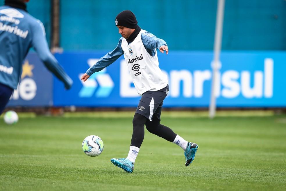 Matheus Henrique, no treino do Grêmio — Foto: Lucas Uebel/Divulgação Grêmio