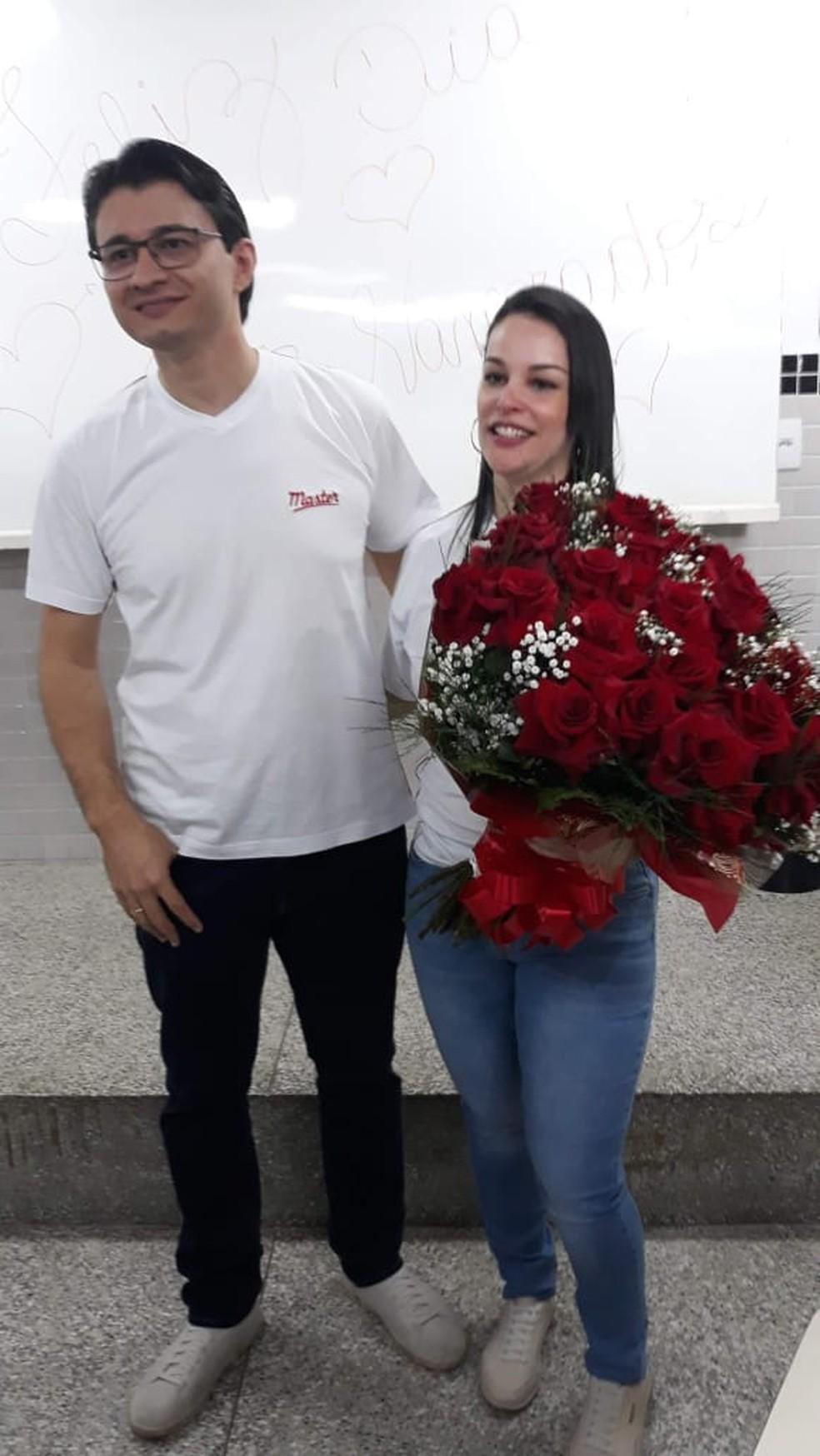 Joel e Carol ficaram noivos neste sábado (12) — Foto: Juacir Rodrigues/TV Centro América