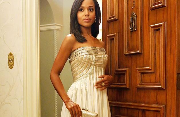 A gravidez da protagonista Kerry Washington foi disfarçada em 'Scandal' este ano (Foto: Reprodução da internet)