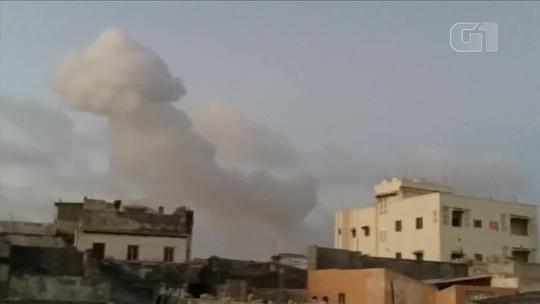 Explosões de carros-bomba deixam mortos na capital da Somália