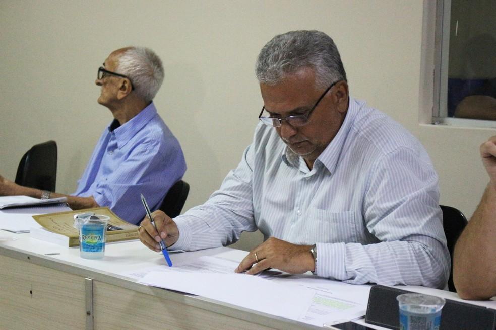Miguel Bezerra, advogado Parnahyba  (Foto: Josiel Martins/GloboEsporte.com )