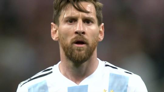 """""""Parece que não está feliz jogando"""", diz Muricy sobre a passividade de Messi"""