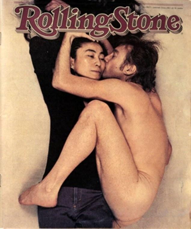 Capa da 'Rolling Stone' com a foto feita por Annie Leibovitz na casa de John e Yoko, na manhã do assassinato