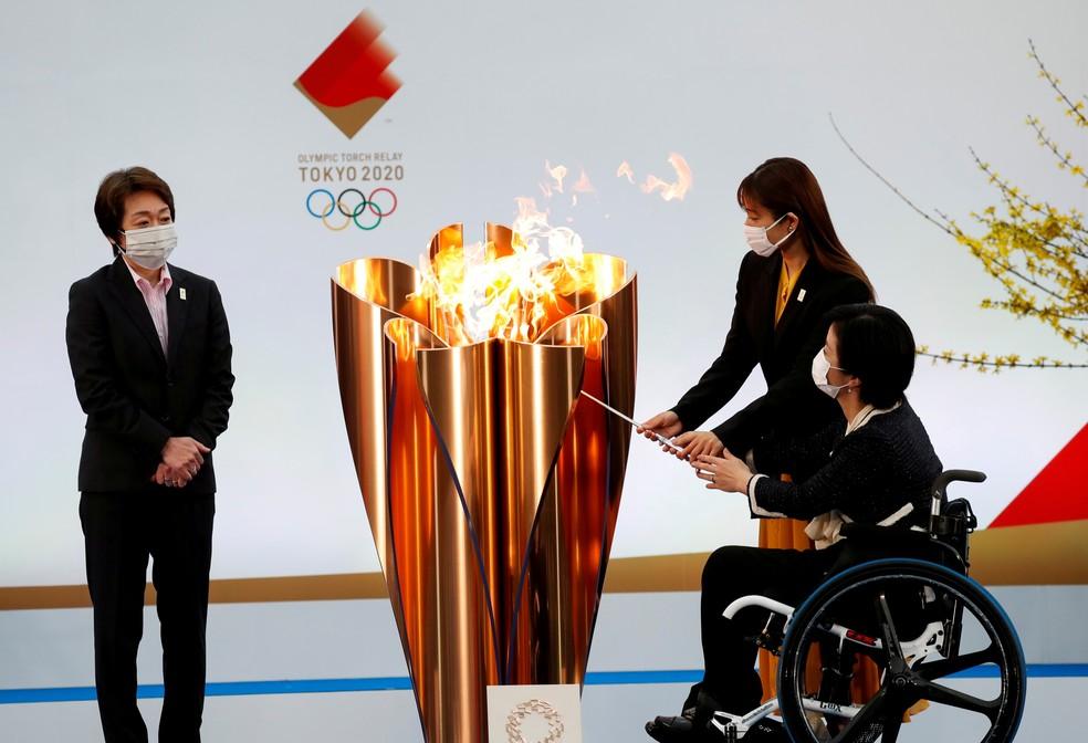 Cerimônia de acendimento da tocha olímpica em Fukushima, Japão, em 25 de março — Foto: Kim Kyung-Hoon/Pool via Reuters