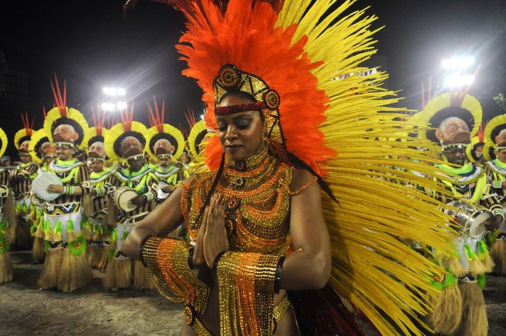 Cris Vianna se despediu do posto de rainha de bateria de escola de samba em 2017, no Rio — Foto: Alexandre Durão/G1