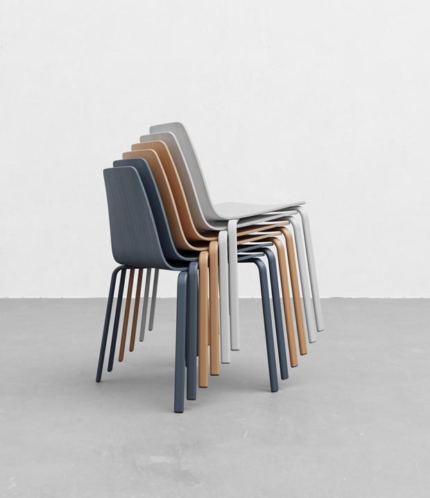 Designers criam linha de cadeiras minimalistas e empilháveis (Foto: Divulgação)