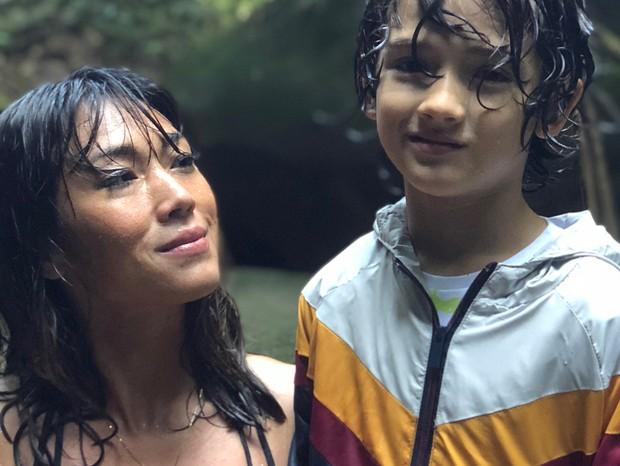 Dani Suzuli e filho Kauai (Foto: Reprodução / Instagram)