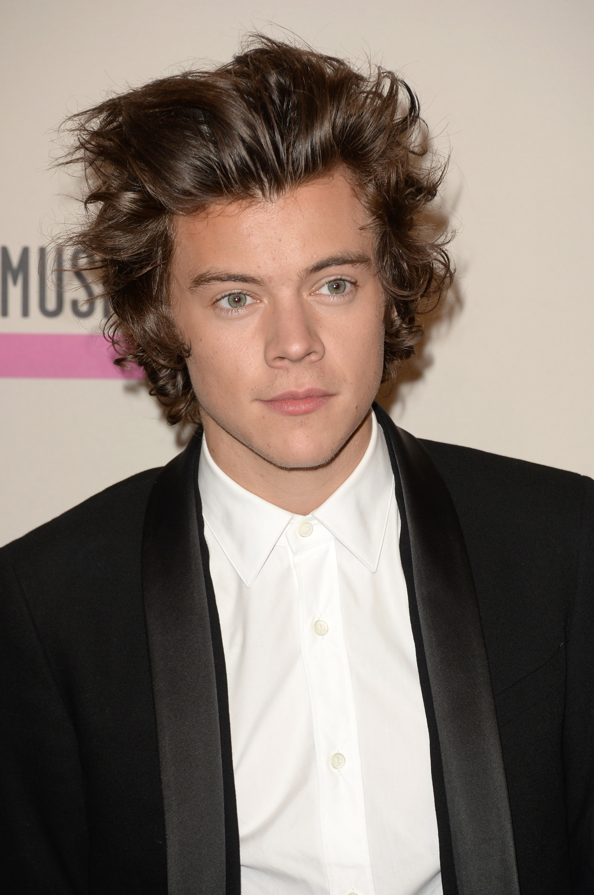 harry styles with short hair 2013 harry styles diz que one direction 233 maior em fama do 5620 | 451841183